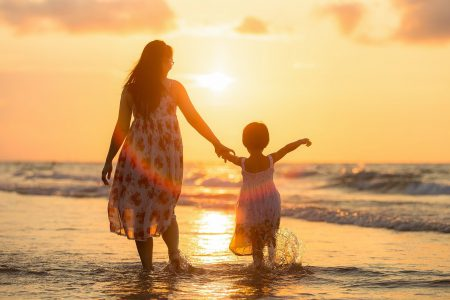 幼少期の子育てお悩み「イライラして感情的になってしまう」どうしたら良い?
